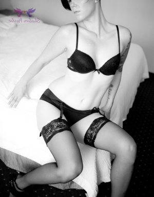Jenny-lee independent escort